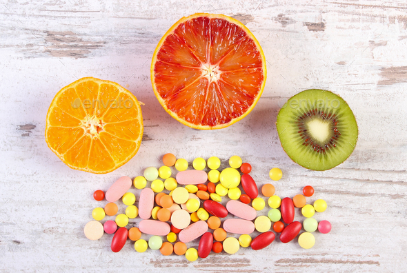 Foto's / Fruit en supplementen